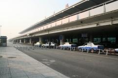 大連周水子国際空港タクシー乗り場