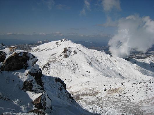 76 硫黄山