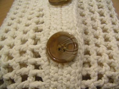アップでどうぞ。一足、一足、心を込めて、職人さんが編みました・・・もちろんウソです。