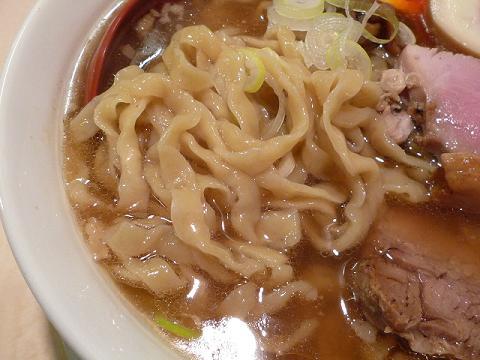 七彩 手切り 麺