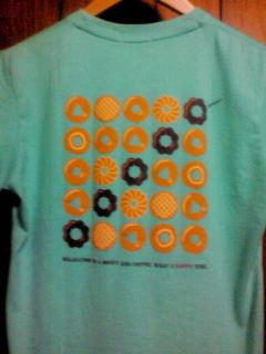 ユニクロ×ミスド グラフィックTシャツ
