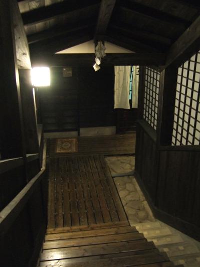藤もと大浴場・家族風呂への階段