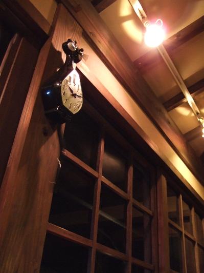藤もと 図書室 時計