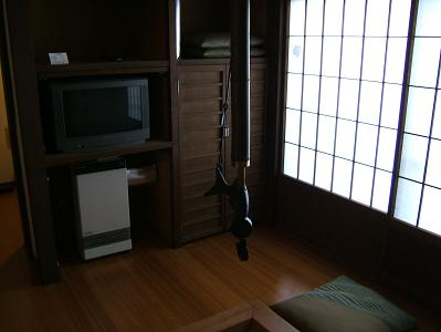 花木の宿 離れ 囲炉裏のある板の間(6畳)