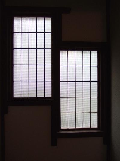 かやうさぎ 爽 和室 窓の1つ