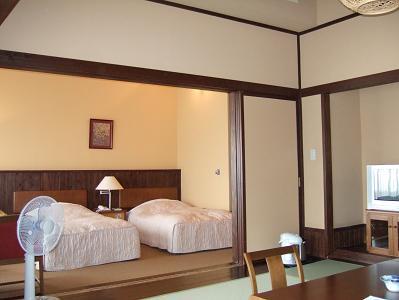 栗駒山荘特別室寝室