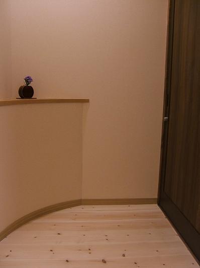 もずも 部屋の玄関