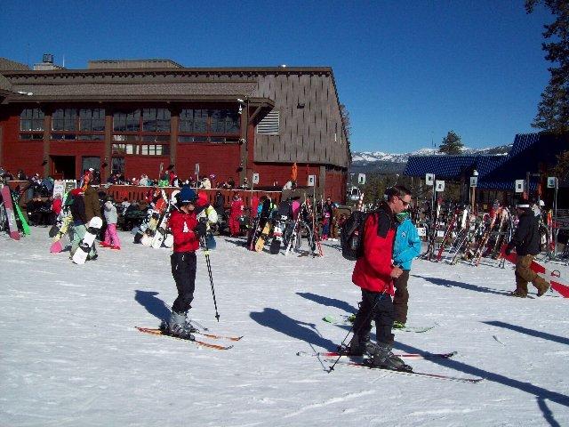 スキーがんばってます