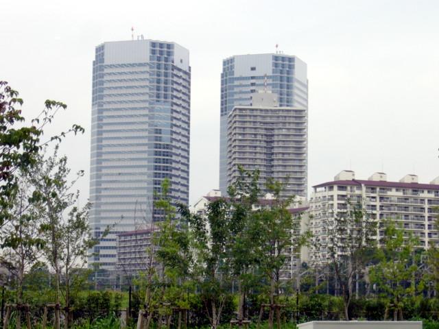 川崎のツインタワー