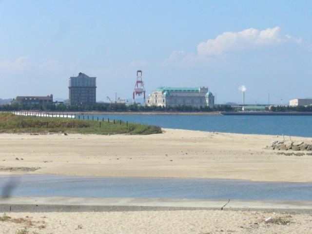 今治市織田が浜海岸を臨む