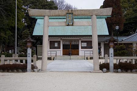 猪子石神明社鳥居と拝殿