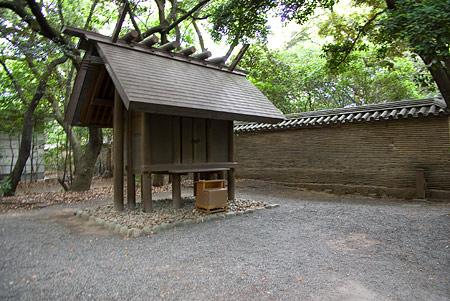 熱田神宮西八百萬神社
