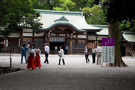 熱田神宮上知我麻神社