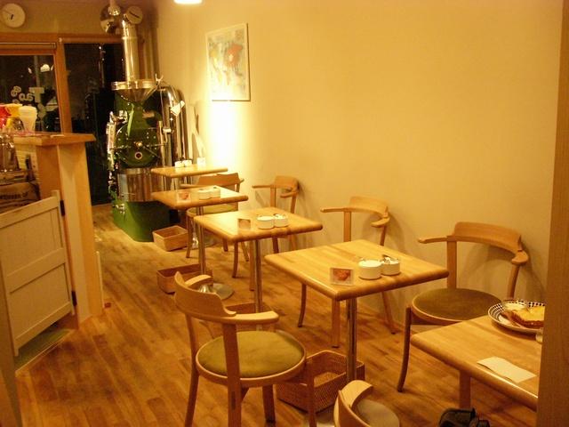 タオコーヒー店内01