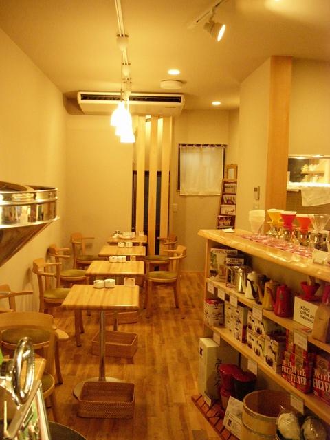 タオコーヒー店内02