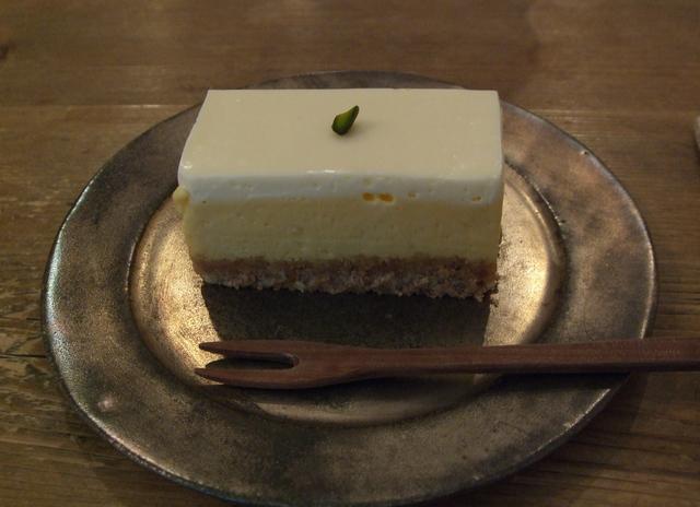 cafe tomiyama チーズケーキ